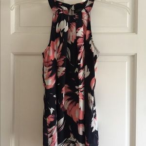 Limited Floral Sleeveless Blouse